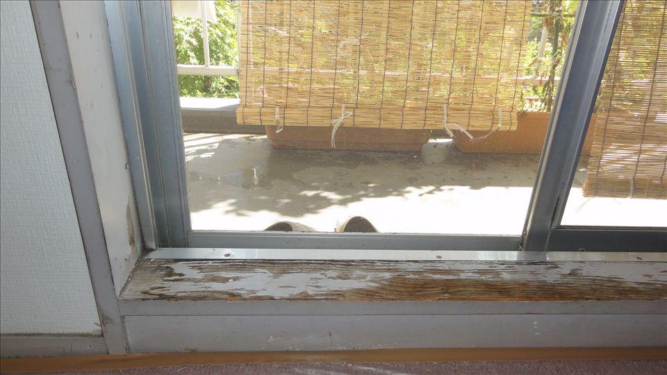 窓枠シート張りリフォーム